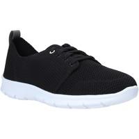 Cipők Női Rövid szárú edzőcipők Clarks 26138027 Fekete
