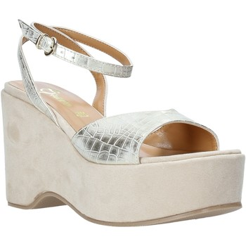 Cipők Női Szandálok / Saruk Grace Shoes 104003 Bézs