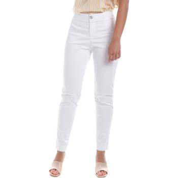 Ruhák Női Chino nadrágok / Carrot nadrágok Nero Giardini E060100D Fehér