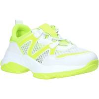 Cipők Női Rövid szárú edzőcipők Gold&gold A20 GR106 Fehér