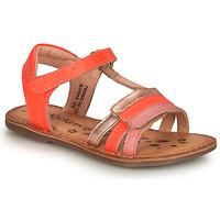 Cipők Lány Szandálok / Saruk Kickers DIAMANTO Rózsaszín
