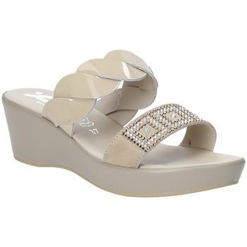 Cipők Női Papucsok Susimoda 1440-01 Bézs