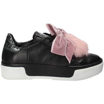 Cipők Női Rövid szárú edzőcipők Janet Sport 42730 Fekete