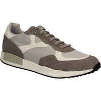 Cipők Férfi Rövid szárú edzőcipők Keys 3063 Szürke