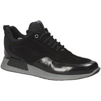 Cipők Férfi Rövid szárú edzőcipők Exton 162 Fekete