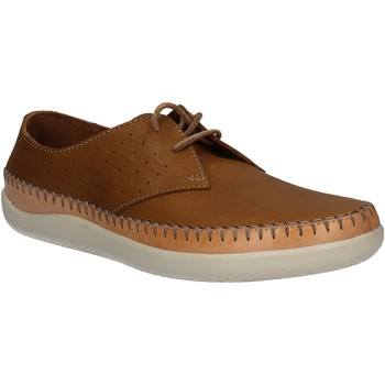 Cipők Férfi Oxford cipők Clarks 123879 Barna