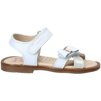 Cipők Lány Szandálok / Saruk Pablosky 0534 Fehér
