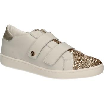 Cipők Női Rövid szárú edzőcipők Keys 5059 Fehér