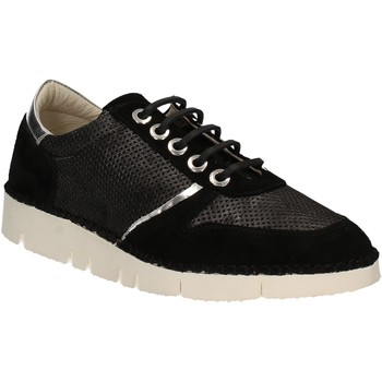 Cipők Női Rövid szárú edzőcipők Mally 5938 Fekete