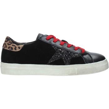Cipők Női Rövid szárú edzőcipők Onyx W19-SOX901 Fekete