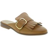 Cipők Női Klumpák Mally 6116 Barna