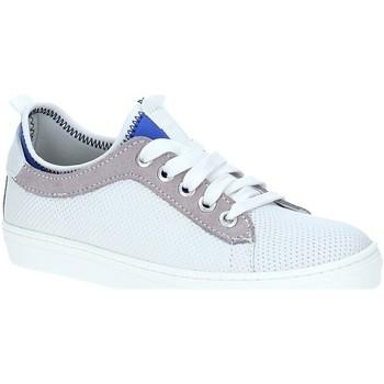 Cipők Gyerek Rövid szárú edzőcipők Melania ME6148F7E.A Fehér