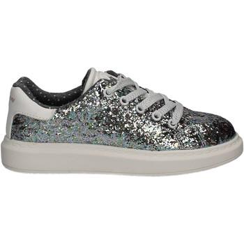 Cipők Lány Rövid szárú edzőcipők Xti 54867 Szürke