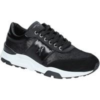 Cipők Női Rövid szárú edzőcipők Roberta Di Camerino RDC82421 Fekete