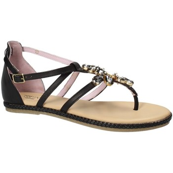 Cipők Női Szandálok / Saruk Stonefly 110497 Fekete