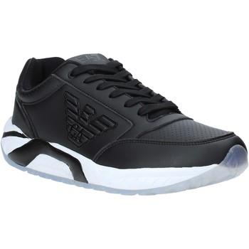 Cipők Férfi Rövid szárú edzőcipők Ea7 Emporio Armani X8X022 XK116 Fekete