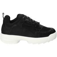 Cipők Női Rövid szárú edzőcipők Gold&gold B18 GT531 Fekete