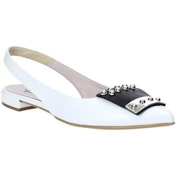 Cipők Női Szandálok / Saruk Grace Shoes 521011 Fehér