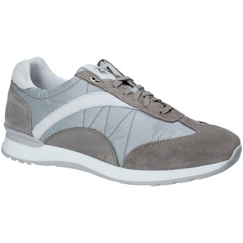 Cipők Férfi Rövid szárú edzőcipők Exton 661 Szürke