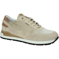 Cipők Férfi Rövid szárú edzőcipők Exton 993 Bézs