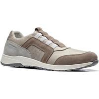 Cipők Férfi Rövid szárú edzőcipők Stonefly 110791 Barna