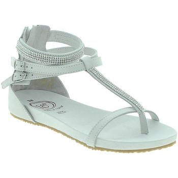 Cipők Női Szandálok / Saruk 18+ 6110 Fehér
