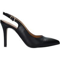 Cipők Női Félcipők Grace Shoes 038036 Fekete