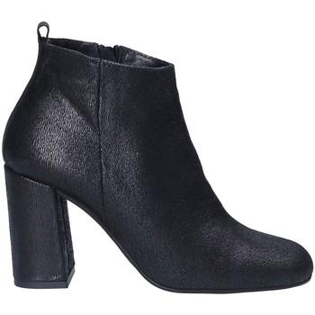 Cipők Női Bokacsizmák Keys 7172 Fekete