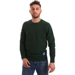 Ruhák Férfi Pulóverek Calvin Klein Jeans K10K102753 Zöld