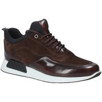 Cipők Férfi Rövid szárú edzőcipők Exton 162 Barna