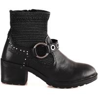 Cipők Női Bokacsizmák Wrangler WL182550 Fekete