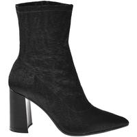 Cipők Női Bokacsizmák Elvio Zanon I3104X Fekete