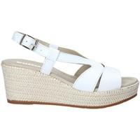 Cipők Női Szandálok / Saruk Valleverde 32211 Fehér