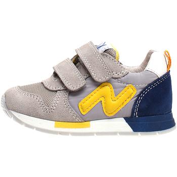 Cipők Gyerek Rövid szárú edzőcipők Naturino 2013755-02-1B55 Szürke