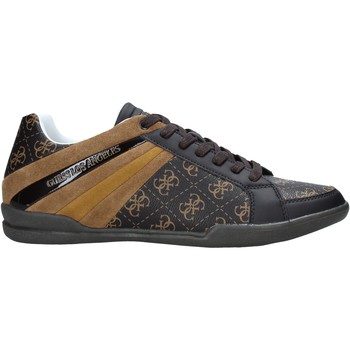 Cipők Férfi Rövid szárú edzőcipők Guess FM6MAR FAL12 Barna
