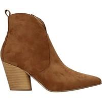 Cipők Női Bokacsizmák Grace Shoes 7241007 Barna