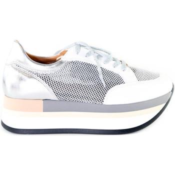 Cipők Női Rövid szárú edzőcipők Grace Shoes 331009 Ezüst