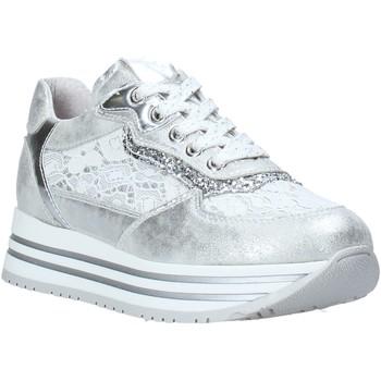 Cipők Lány Rövid szárú edzőcipők Nero Giardini E031460F Ezüst