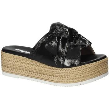 Cipők Női Papucsok Pregunta IL02402-CL Fekete