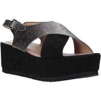 Cipők Női Szandálok / Saruk Onyx S20-SOX745 Fekete
