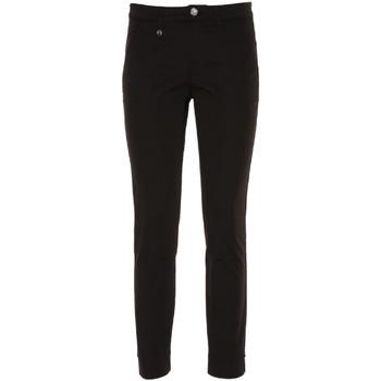 Ruhák Női Chino nadrágok / Carrot nadrágok Nero Giardini P860170D Fekete