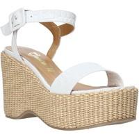 Cipők Női Szandálok / Saruk Grace Shoes 104002 Fehér