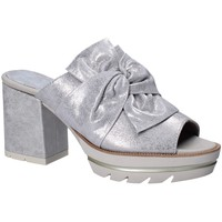 Cipők Női Papucsok CallagHan 22601 Szürke