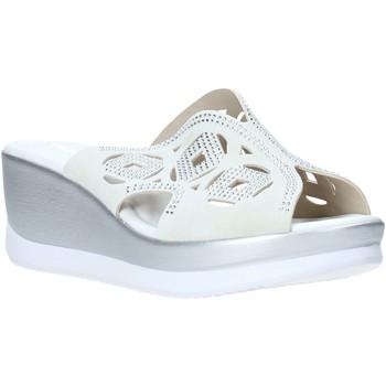 Cipők Női Papucsok Valleverde 32150 Fehér