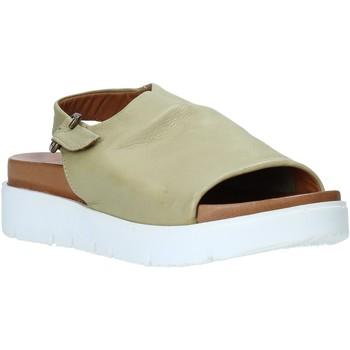 Cipők Női Szandálok / Saruk Bueno Shoes 9N3404 Zöld