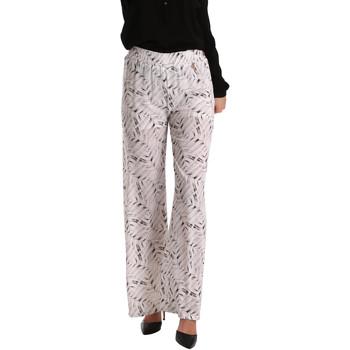 Ruhák Női Lenge nadrágok Gaudi 73BD25224 Fehér