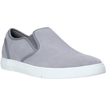 Cipők Férfi Belebújós cipők Clarks 26141135 Szürke