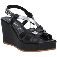 Cipők Női Szandálok / Saruk Valleverde 32404 Fekete