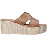 Cipők Női Papucsok Valleverde 34270 Barna