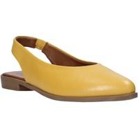 Cipők Női Szandálok / Saruk Bueno Shoes 9N0102 Sárga